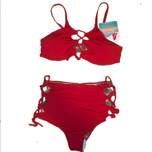 Two pieces reversible red swimsuit